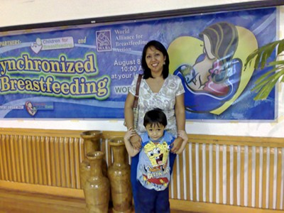 Belen Dofitas, Filipina mom, and her son Matthew at the Synchronized Breastfeeding Event last August 8, 2007
