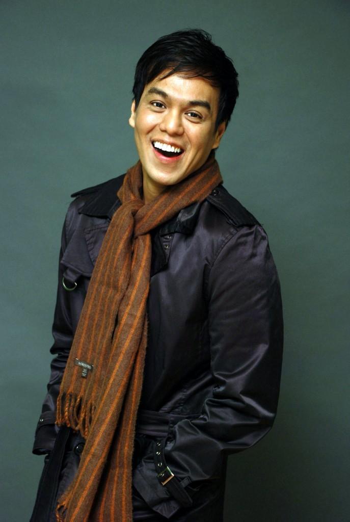 Life...Pinoy Style host Ron Bilaro Nov 09